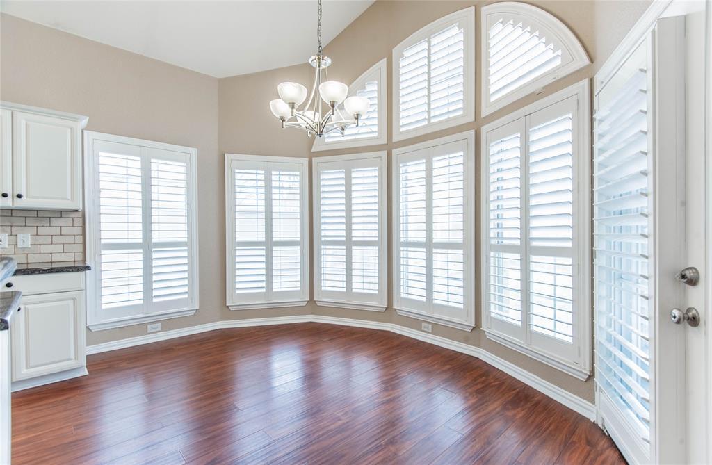 529 Salisbury Drive, Grand Prairie, Texas 75052 - acquisto real estate best new home sales realtor linda miller executor real estate