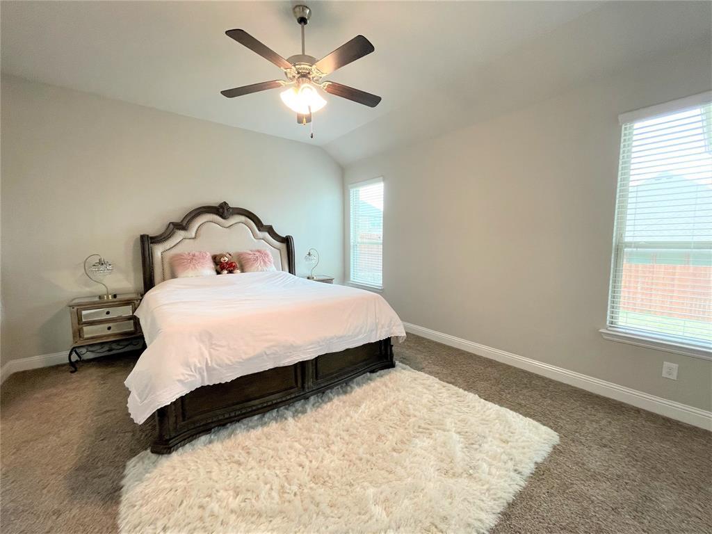 7502 Sweetwater Lane, Arlington, Texas 76002 - acquisto real estate best new home sales realtor linda miller executor real estate