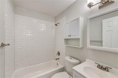 1109 Davis Drive, Arlington, Texas 76013 - acquisto real estate best plano real estate agent mike shepherd