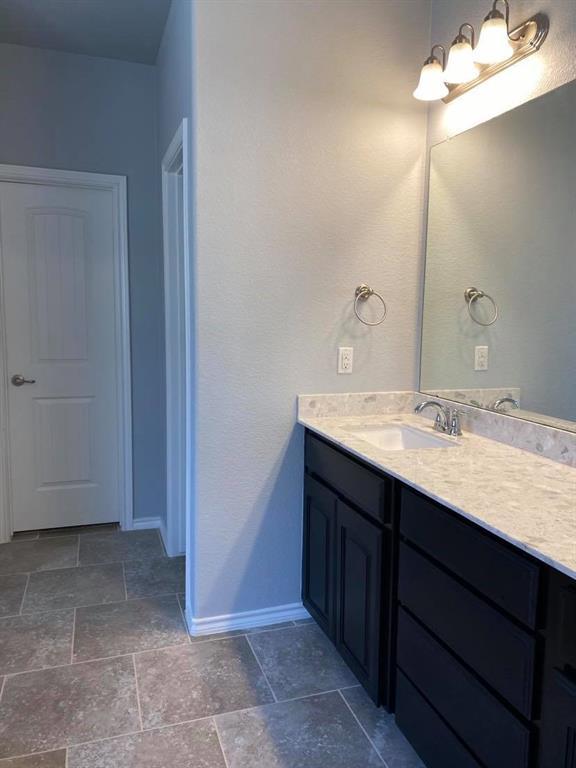 5028 Splitrock Drive, Denton, Texas 76210 - acquisto real estate best real estate company in frisco texas real estate showings