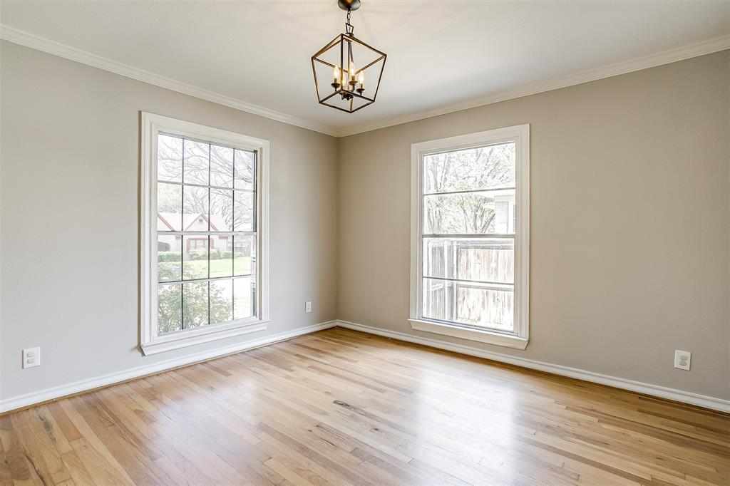 2939 6th Avenue, Fort Worth, Texas 76110 - acquisto real estate best real estate company to work for