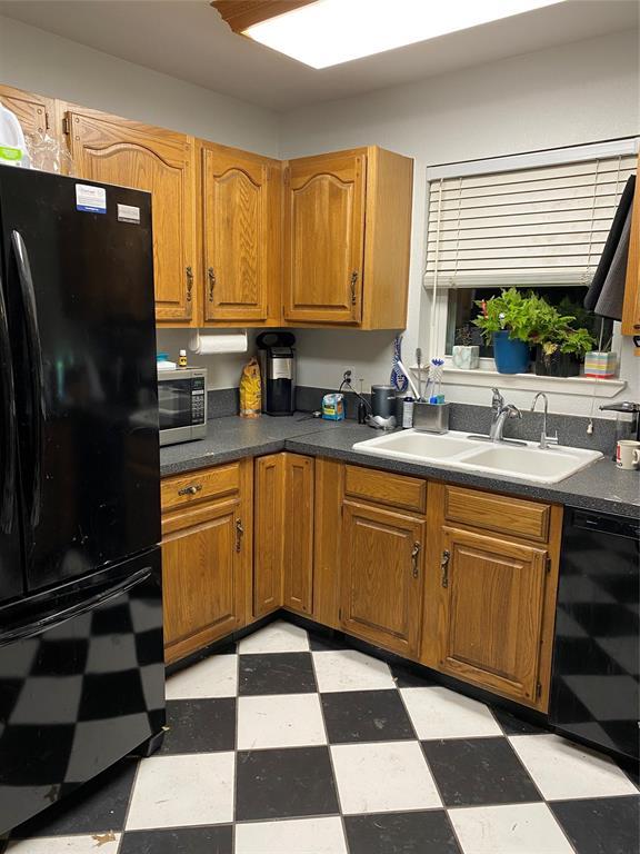 2105 Yewpon Court, Carrollton, Texas 75007 - acquisto real estate best prosper realtor susan cancemi windfarms realtor
