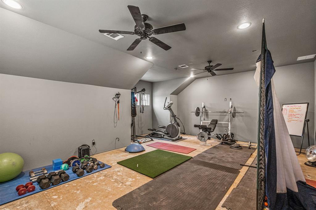 4482 Lake Breeze Drive, McKinney, Texas 75071 - acquisto real estate best negotiating realtor linda miller declutter realtor