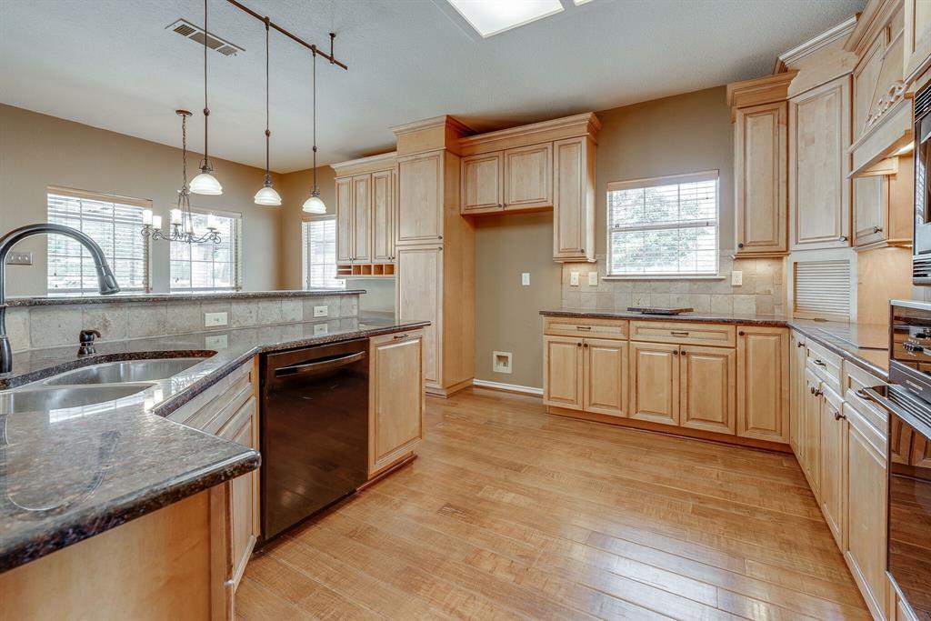 1613 Pheasant Lane, Southlake, Texas 76092 - acquisto real estate best designer and realtor hannah ewing kind realtor