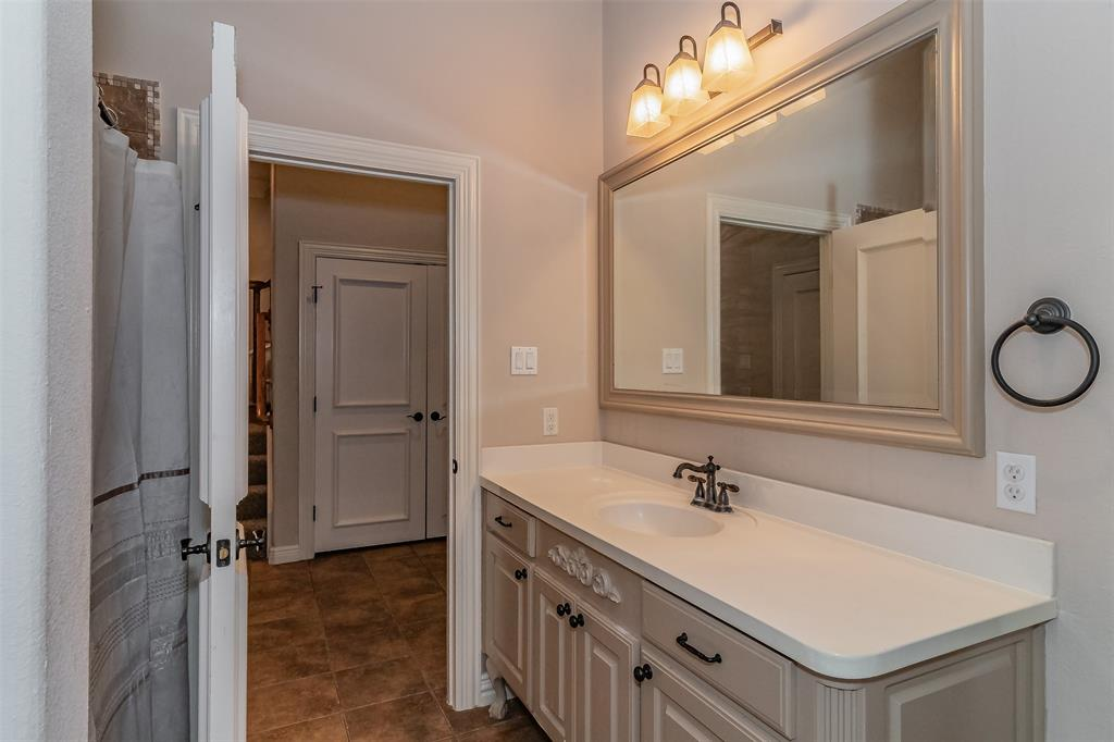 600 Rockingham Drive, Irving, Texas 75063 - acquisto real estate best plano real estate agent mike shepherd