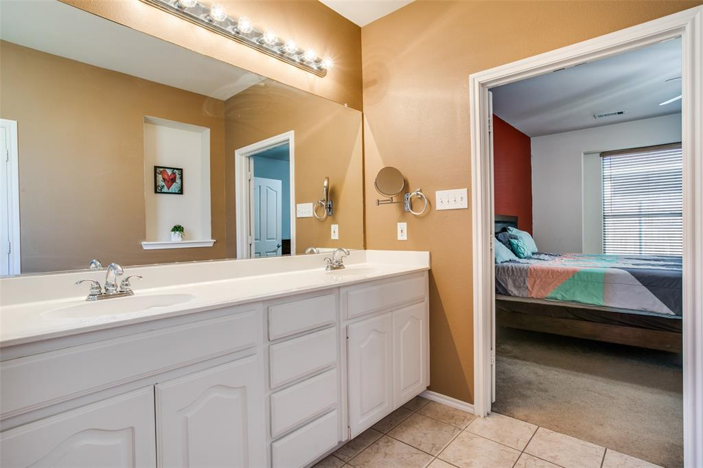 528 Winbridge Lane, Fort Worth, Texas 76052 - acquisto real estate best designer and realtor hannah ewing kind realtor