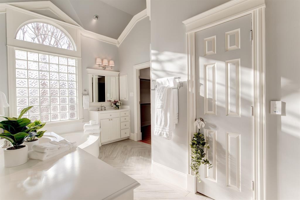4700 Village Oak Drive, Arlington, Texas 76017 - acquisto real estate best listing photos hannah ewing mckinney real estate expert