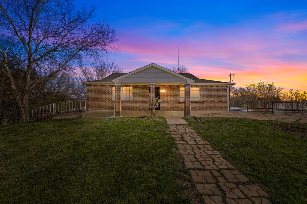206 Beaudelaire Drive, Weatherford, Texas 76087 - acquisto real estate best prosper realtor susan cancemi windfarms realtor
