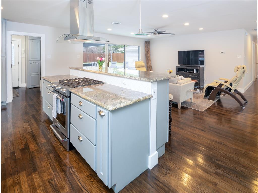 6931 Royal Lane, Dallas, Texas 75230 - acquisto real estate best celina realtor logan lawrence best dressed realtor