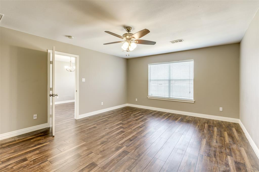 823 Ogden Drive, Arlington, Texas 76001 - acquisto real estate best realtor dallas texas linda miller agent for cultural buyers