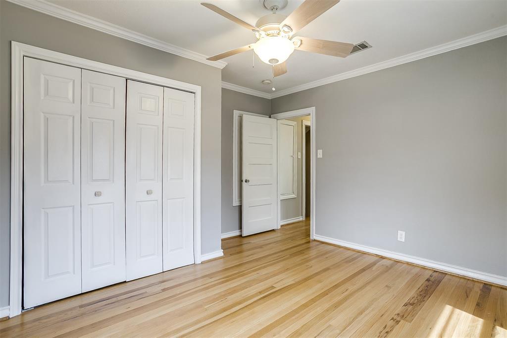 2939 6th Avenue, Fort Worth, Texas 76110 - acquisto real estate best negotiating realtor linda miller declutter realtor