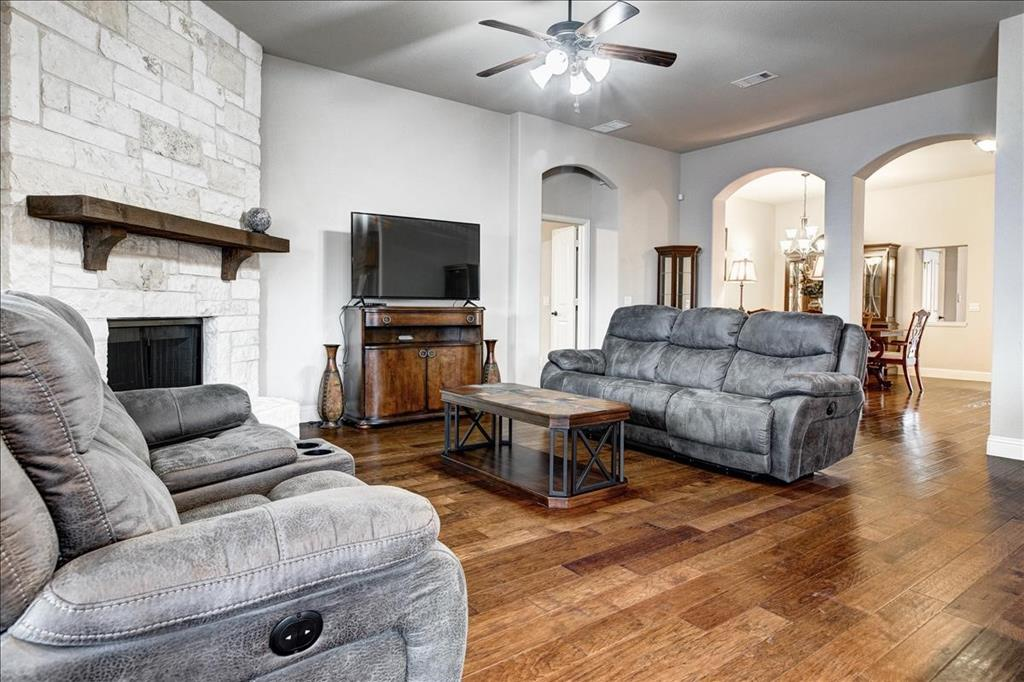 5820 Park View  Drive, Midlothian, Texas 76065 - acquisto real estate best listing photos hannah ewing mckinney real estate expert