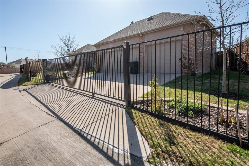 7506 Spruce  Lane, Sachse, Texas 75048 - acquisto real estate best luxury home specialist shana acquisto