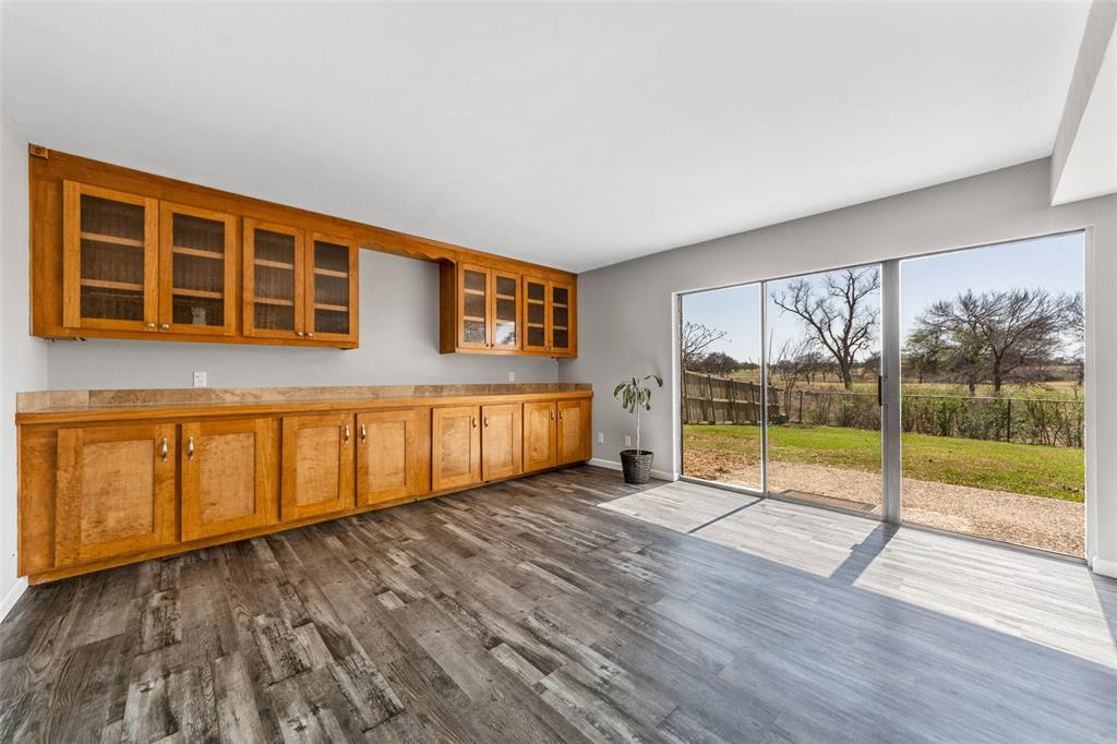 2412 Via Bonita  Carrollton, Texas 75006 - acquisto real estate best new home sales realtor linda miller executor real estate