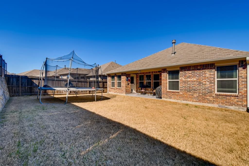 9245 Flying Eagle  Lane, Fort Worth, Texas 76131 - acquisto real estate best real estate follow up system katy mcgillen