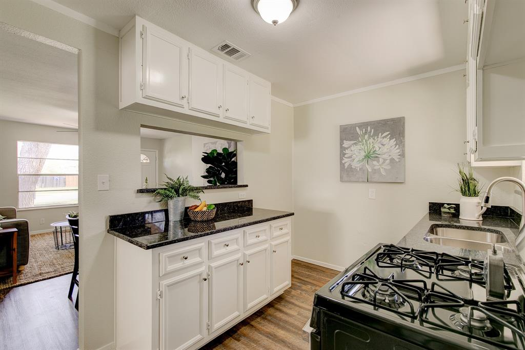 27 Donald Court, Hurst, Texas 76053 - acquisto real estate best listing agent in the nation shana acquisto estate realtor