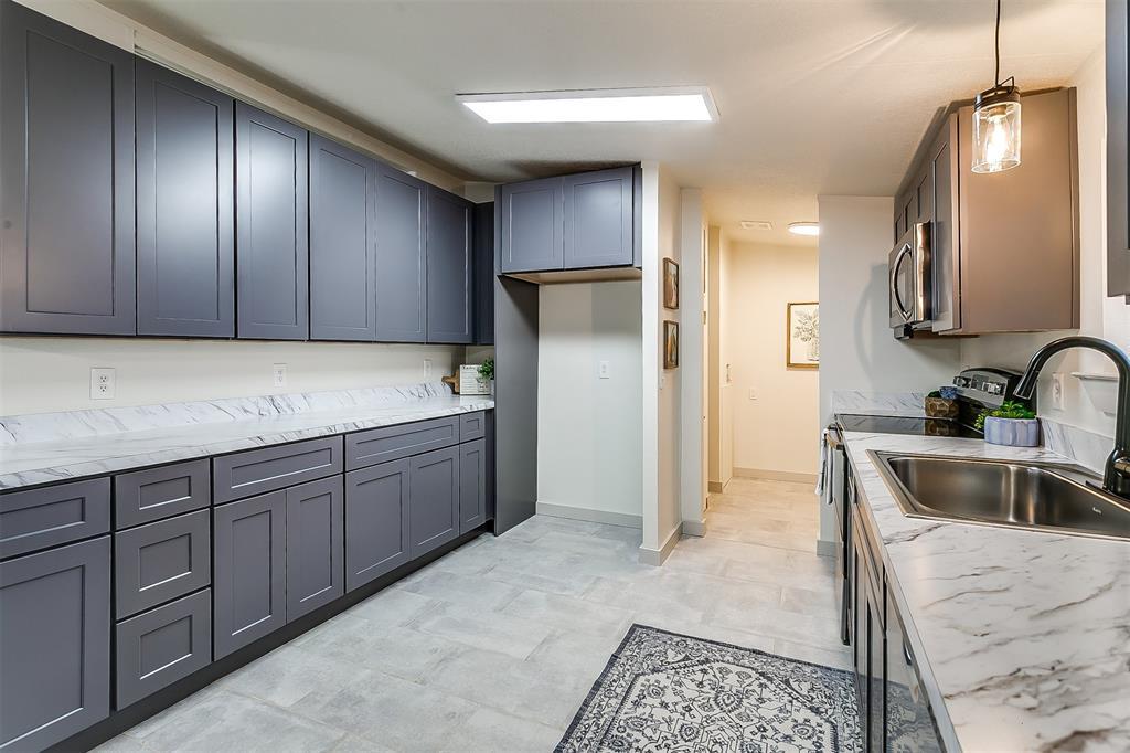 5925 Wild Berry  Trail, Joshua, Texas 76058 - acquisto real estate best new home sales realtor linda miller executor real estate