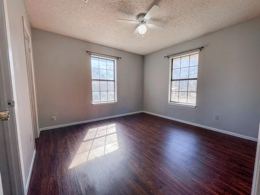 107 N St John St Bogata, Texas 75417 - acquisto real estate best listing listing agent in texas shana acquisto rich person realtor