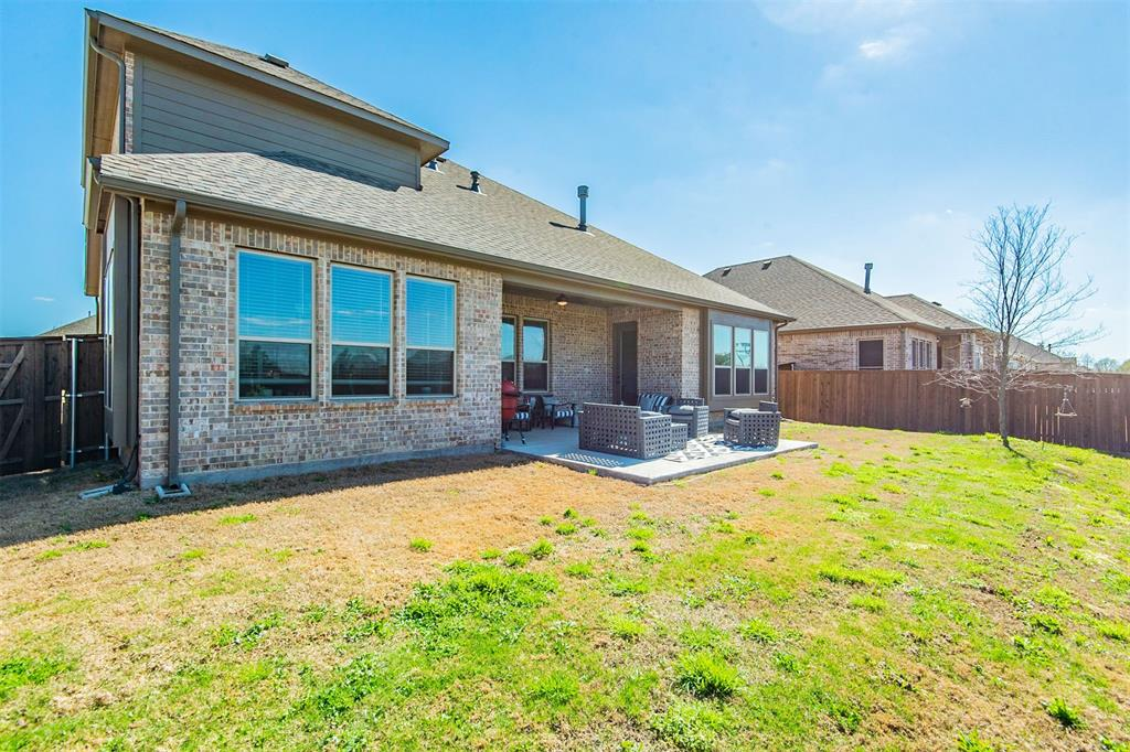 1917 Middleton Drive, Mansfield, Texas 76063 - acquisto real estate best realtor dfw jody daley liberty high school realtor