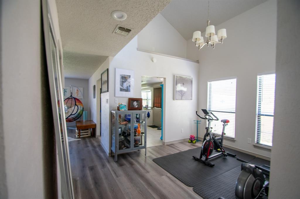 2105 Cologne Drive, Carrollton, Texas 75007 - Acquisto Real Estate best mckinney realtor hannah ewing stonebridge ranch expert