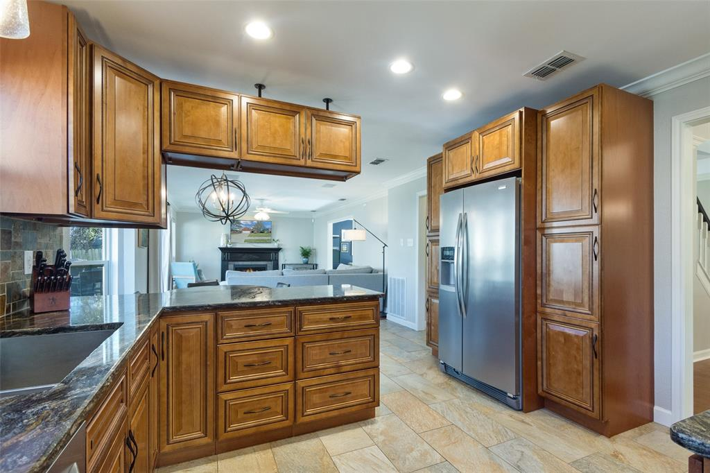 2716 Ponderosa Pine Drive, Flower Mound, Texas 75028 - acquisto real estate best real estate company in frisco texas real estate showings