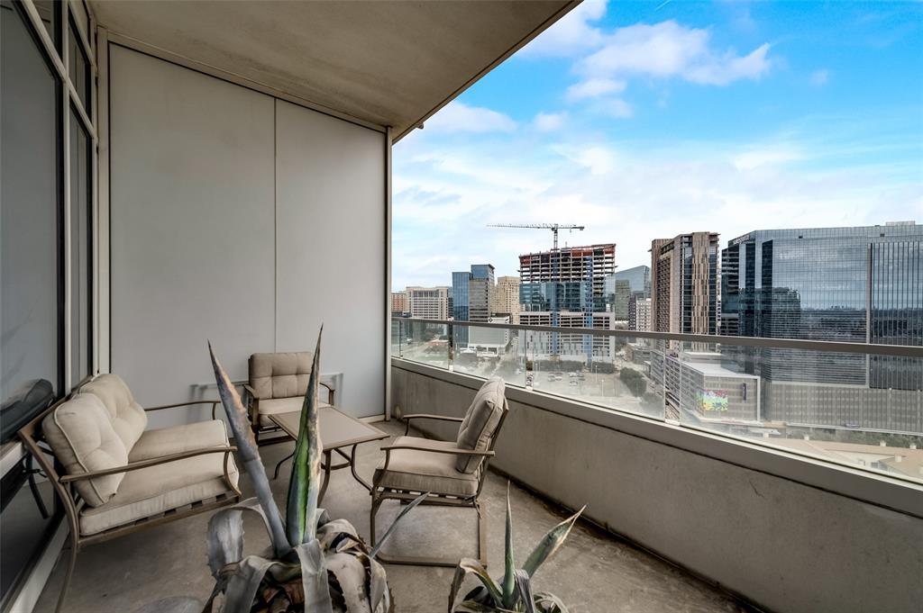 2430 Victory Park Lane, Dallas, Texas 75219 - acquisto real estate best photo company frisco 3d listings