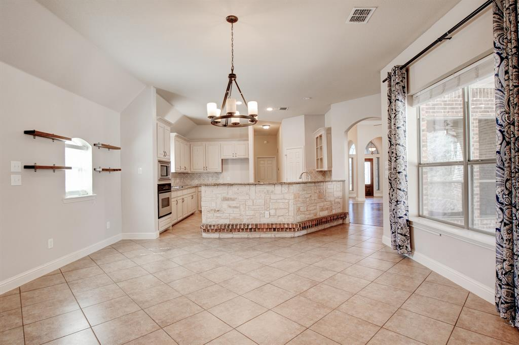 4400 Silver Mesa Lane, Fort Worth, Texas 76108 - acquisto real estate best park cities realtor kim miller best staging agent
