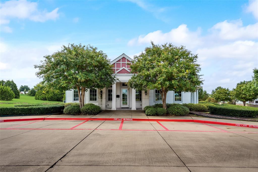 1046 Bow Street, Rockwall, Texas 75087 - acquisto real estate best highland park realtor amy gasperini fast real estate service