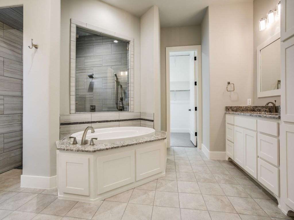 9617 Lakemont Drive, Dallas, Texas 75220 - acquisto real estate best realtor foreclosure real estate mike shepeherd walnut grove realtor
