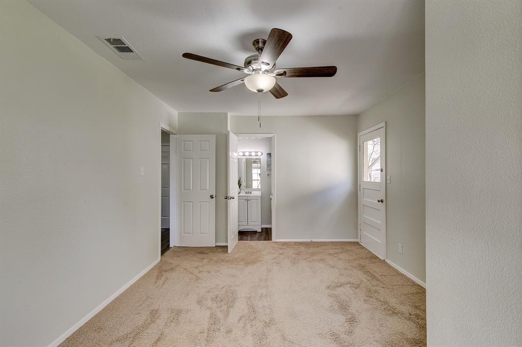 27 Donald Court, Hurst, Texas 76053 - acquisto real estate best realtor foreclosure real estate mike shepeherd walnut grove realtor