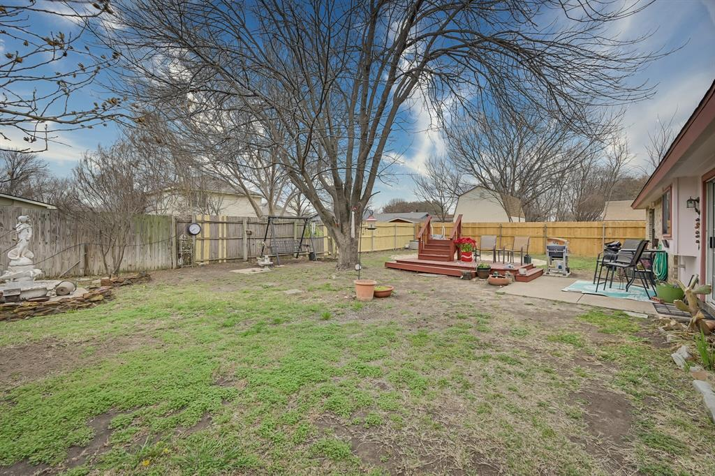 3916 Wrenwood Drive, Fort Worth, Texas 76137 - acquisto real estate best frisco real estate broker in texas for high net worth buyers