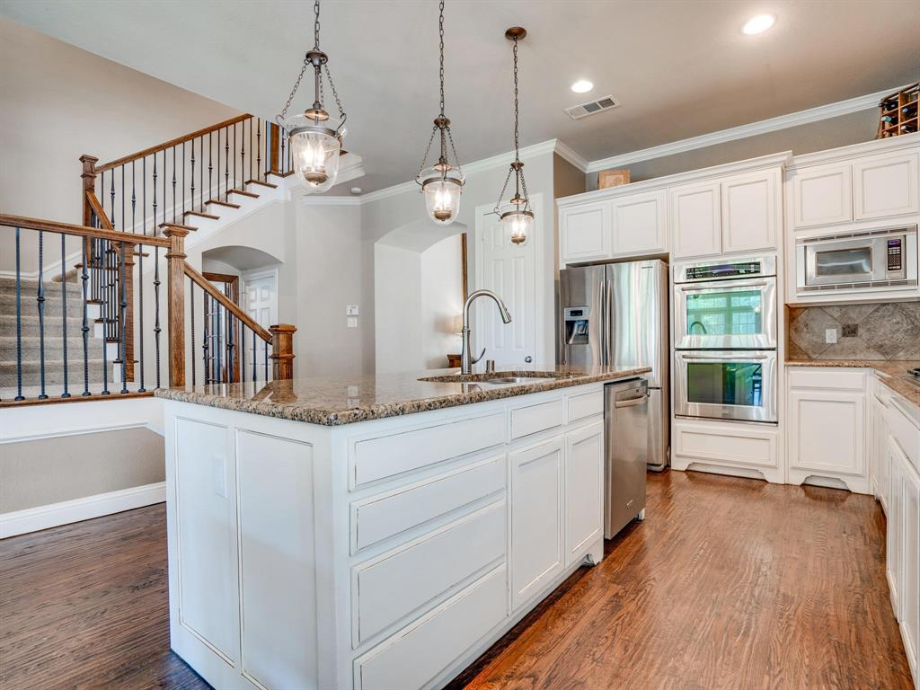 9105 Cypress Creek Road, Lantana, Texas 76226 - acquisto real estate best flower mound realtor jody daley lake highalands agent of the year