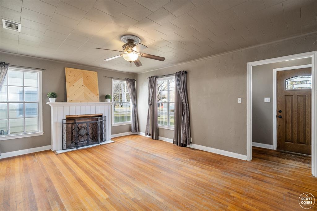 2313 1st  Street, Brownwood, Texas 76801 - acquisto real estate best prosper realtor susan cancemi windfarms realtor