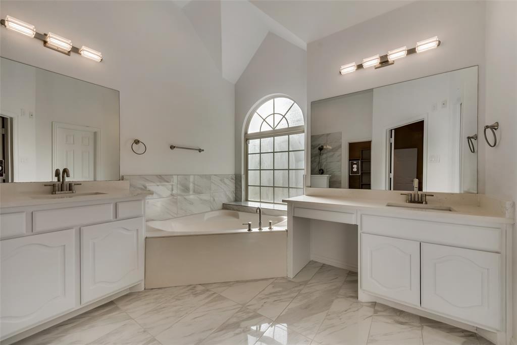 1621 Rugged Trail, Midlothian, Texas 76065 - acquisto real estate best realtor dfw jody daley liberty high school realtor