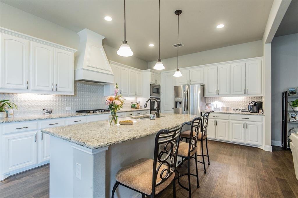 1917 Middleton Drive, Mansfield, Texas 76063 - acquisto real estate best flower mound realtor jody daley lake highalands agent of the year