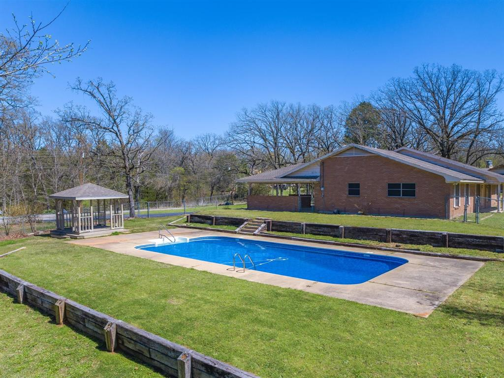 725 Tanglewood Street, Canton, Texas 75103 - acquisto real estate agent of the year mike shepherd