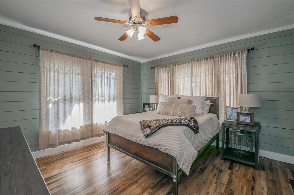 5136 Collinwood Avenue, Fort Worth, Texas 76107 - acquisto real estate best frisco real estate agent amy gasperini panther creek realtor