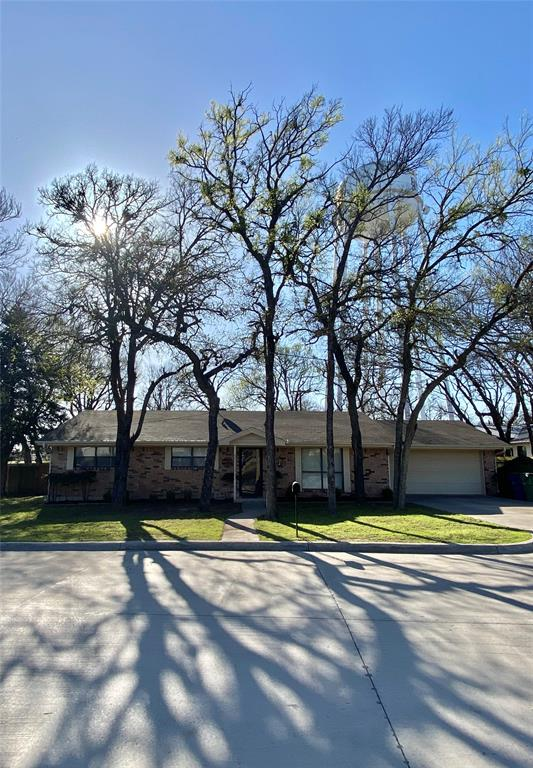 909 Shady Oaks  Drive, Bridgeport, Texas 76426 - Acquisto Real Estate best plano realtor mike Shepherd home owners association expert