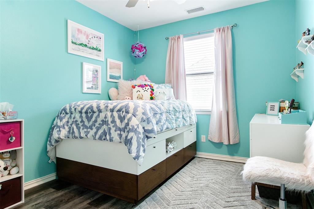 4670 Rhett Lane, Carrollton, Texas 75010 - acquisto real estate best new home sales realtor linda miller executor real estate