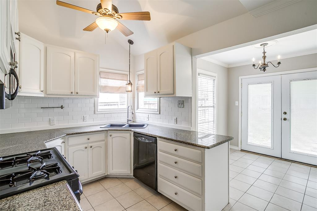 2939 6th Avenue, Fort Worth, Texas 76110 - acquisto real estate best style realtor kim miller best real estate reviews dfw