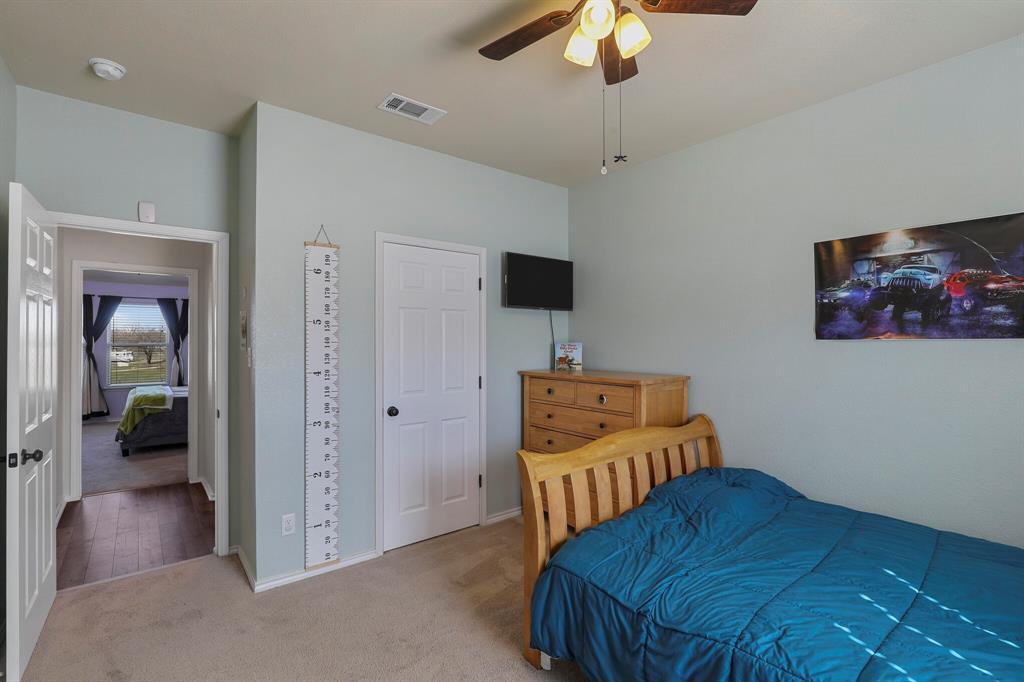 166 Blue Sky Lane, Springtown, Texas 76082 - acquisto real estate best realtor foreclosure real estate mike shepeherd walnut grove realtor