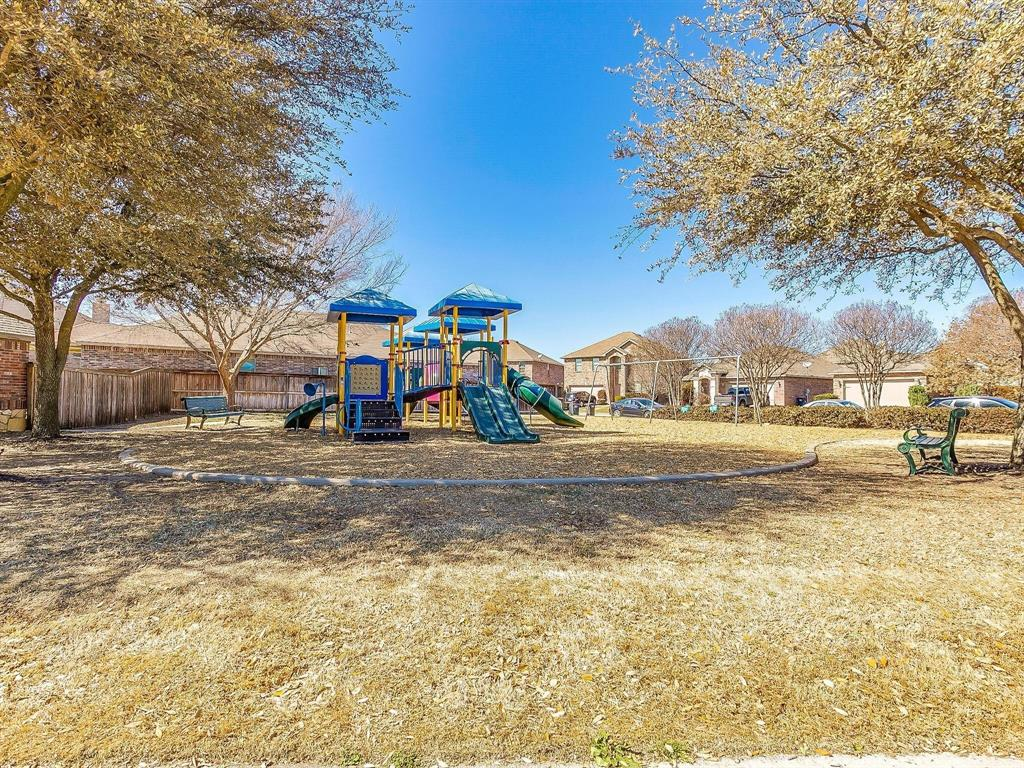 9105 Settlers Peak Road, Fort Worth, Texas 76179 - acquisto real estate best photo company frisco 3d listings