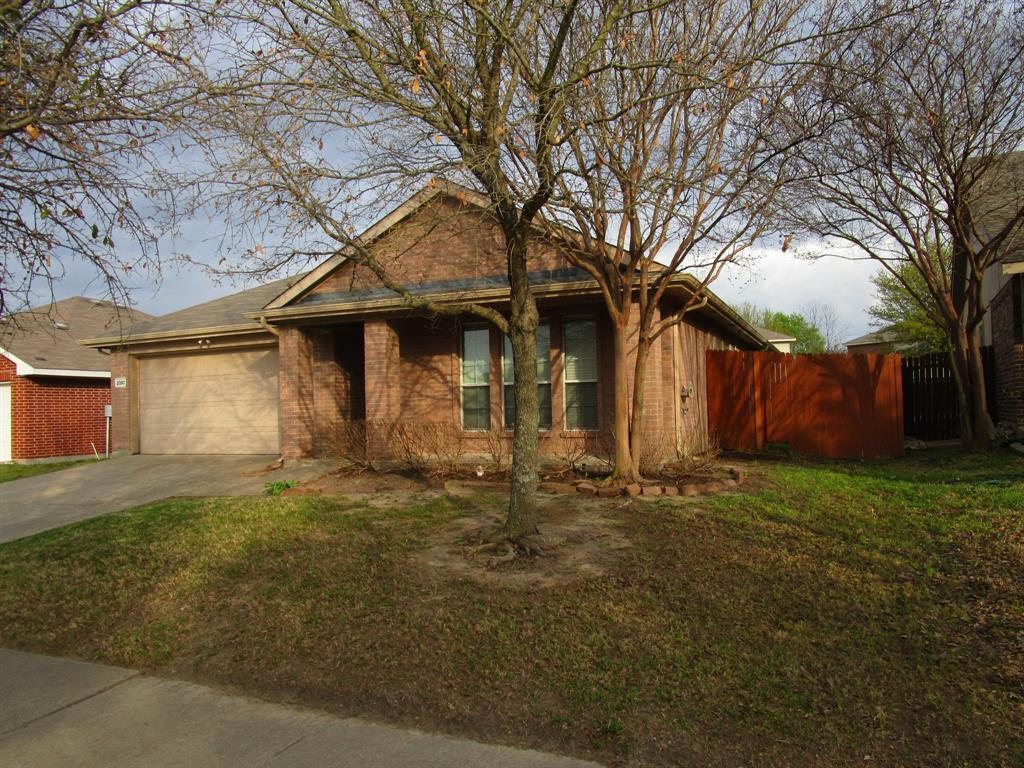 2050 Old Glory Lane, Heartland, Texas 75126 - acquisto real estate best negotiating realtor linda miller declutter realtor