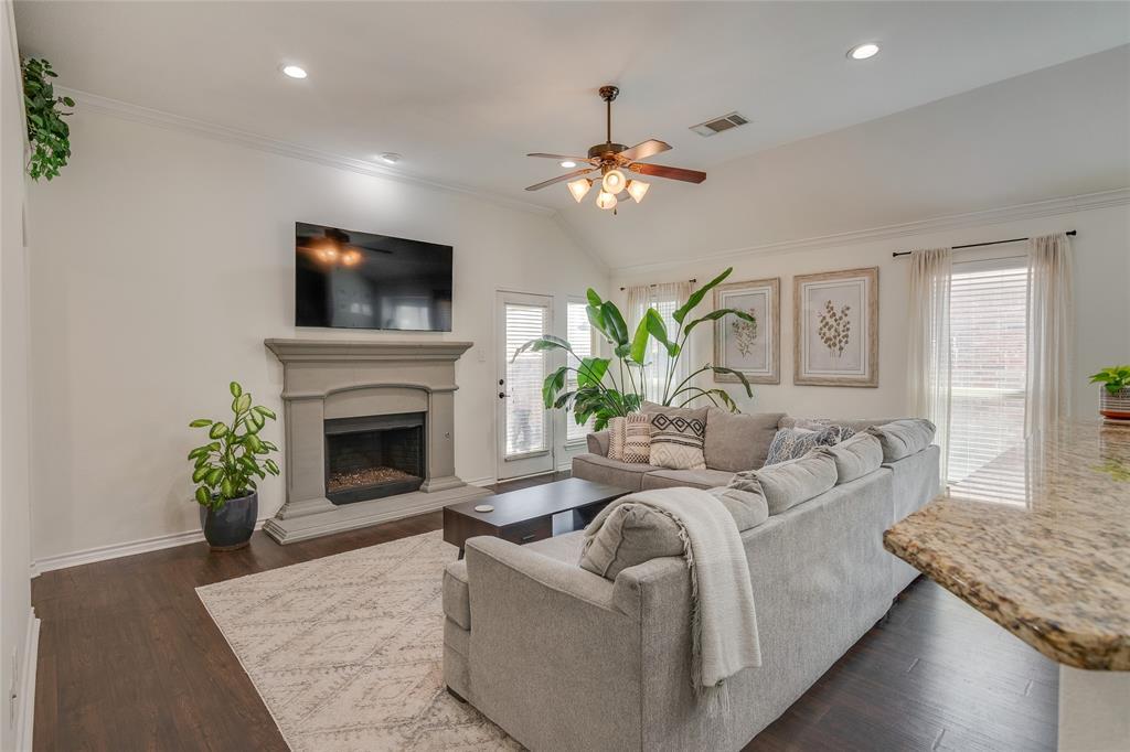 11636 Netleaf Lane, Fort Worth, Texas 76244 - acquisto real estate best prosper realtor susan cancemi windfarms realtor