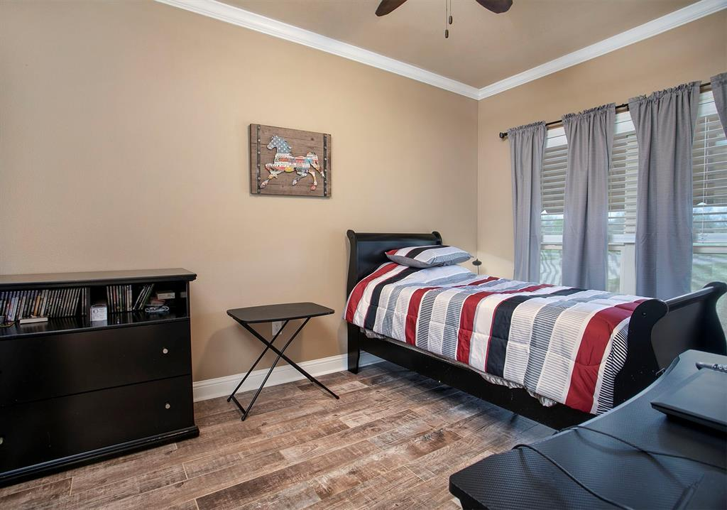 180 Bois D Arc  Street, Van, Texas 75790 - acquisto real estate best highland park realtor amy gasperini fast real estate service