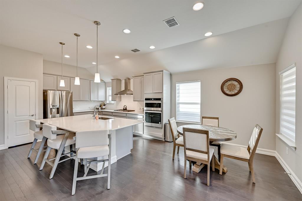 3200 Paxon Drive, Mansfield, Texas 76084 - acquisto real estate best negotiating realtor linda miller declutter realtor