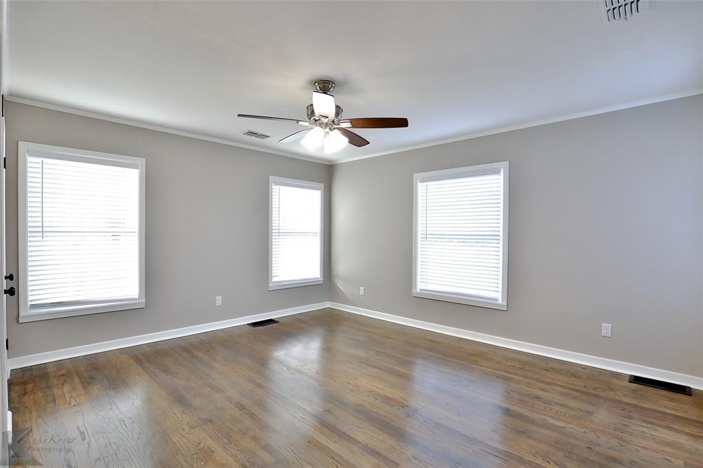 749 Leggett Drive, Abilene, Texas 79605 - acquisto real estate best plano real estate agent mike shepherd