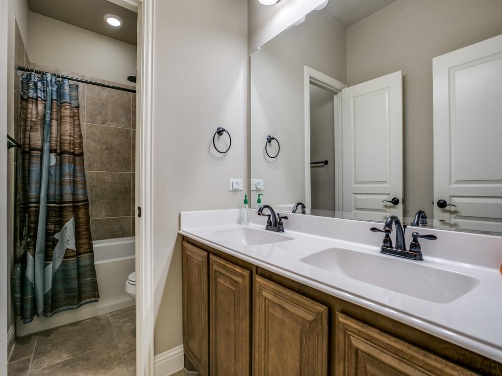 542 Hay Meadow Drive, Waxahachie, Texas 75165 - acquisto real estate best frisco real estate broker in texas for high net worth buyers