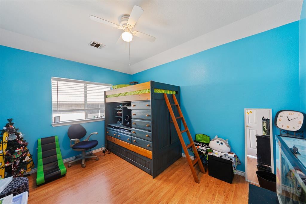 1352 Marken  Court, Carrollton, Texas 75007 - acquisto real estate best frisco real estate broker in texas for high net worth buyers
