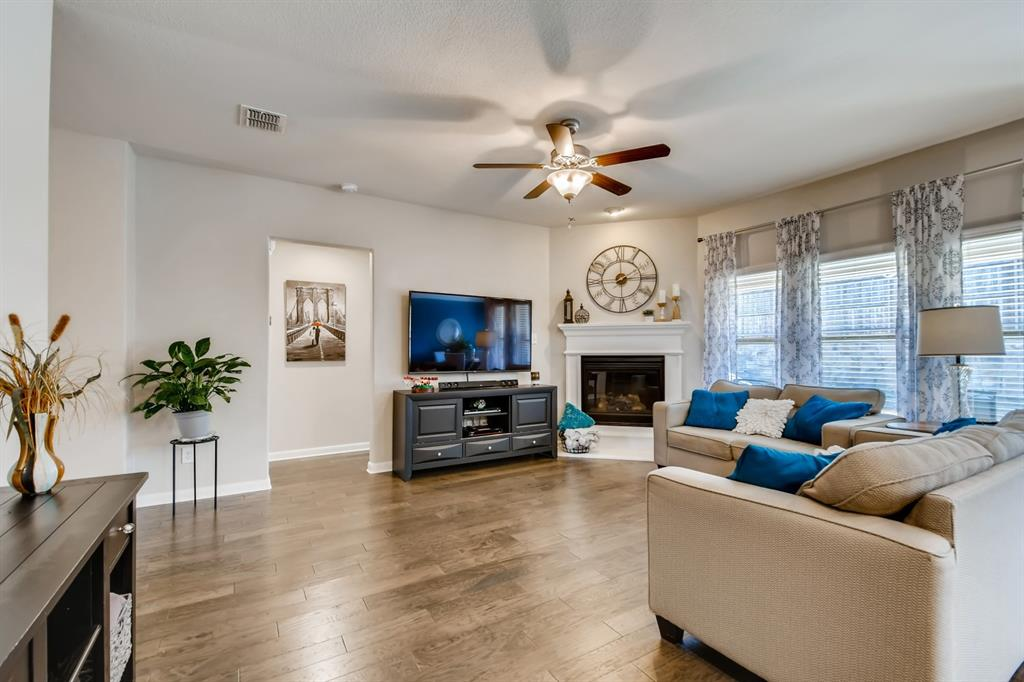 9245 Flying Eagle  Lane, Fort Worth, Texas 76131 - acquisto real estate best real estate company in frisco texas real estate showings